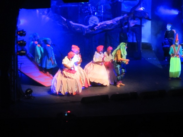 Some shots from the elaborate musical Mi Morena performed at the Teatro de Verano for the Carnaval season of 2013: