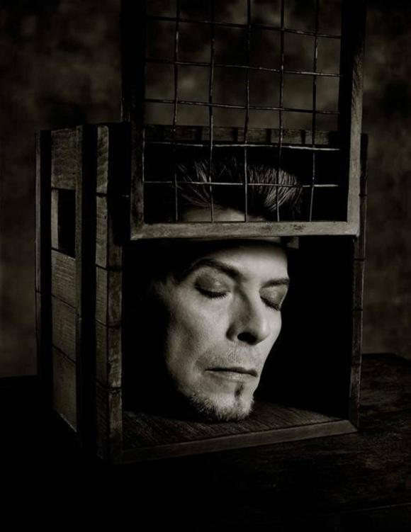 Head in Box, photo by Albert Watson, 1996