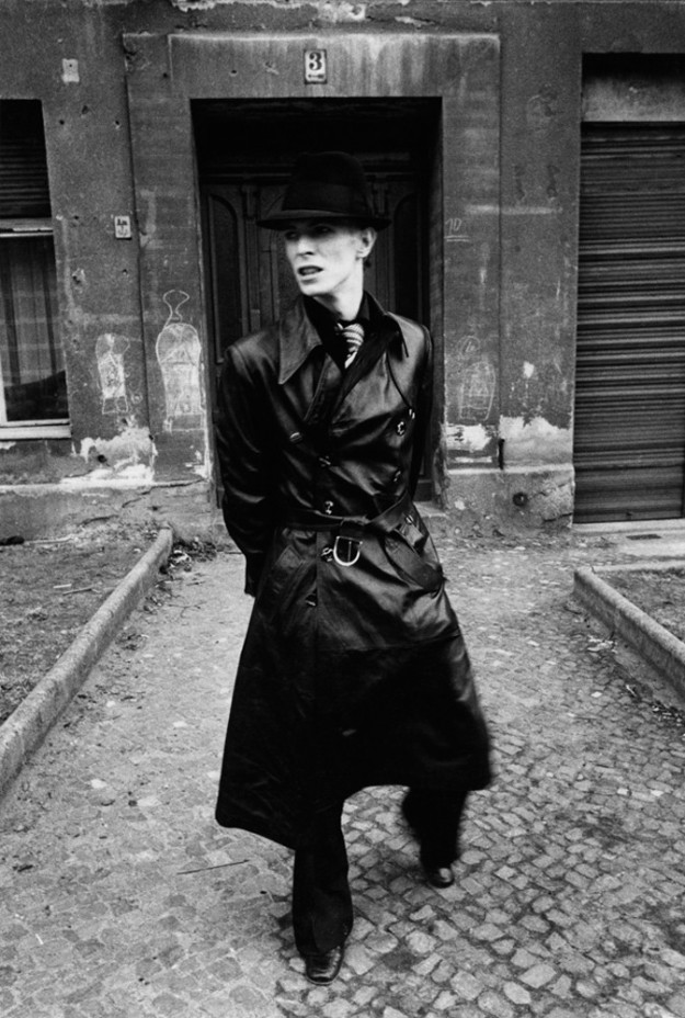 [Bowie in Germany 1976, photo by Andrew Kent]