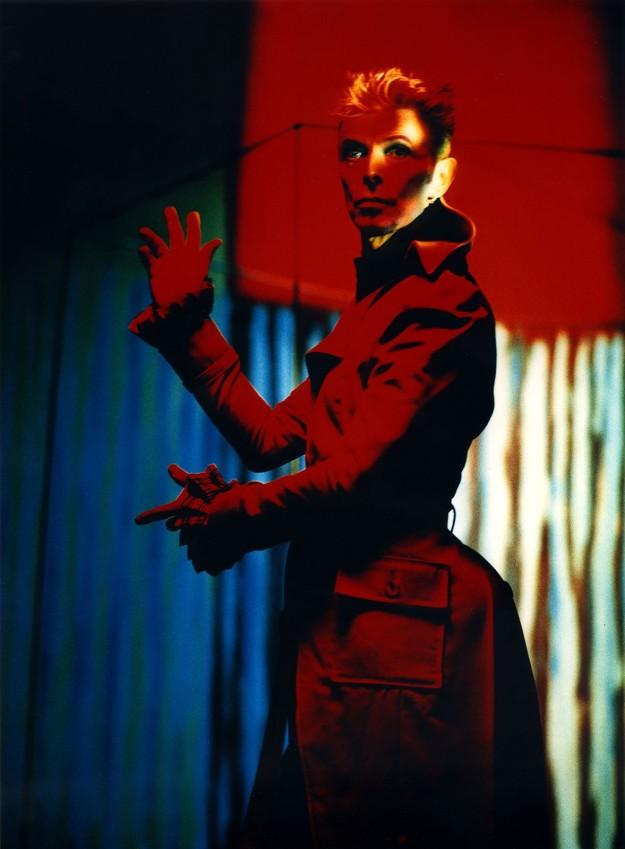 [Floria Sigismondi - Portrait of David Bowie, 1997]